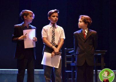 Los chicos hacen teatro